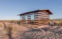 Lucid-Stead-Transparent-Cabin6-640x409