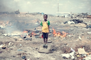 Agbogbloshie_KevinMcElvaney_derkevin.com_Dumpsite 12