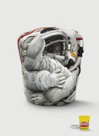 hasbro-play-doh-dragon-tank-astronaut-outdoor-print-374986-adeevee
