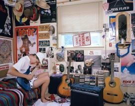 what-90s-teen-bedrooms-can-teach-us-about-youth-today-body-image-1461688286