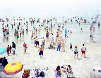 Massimo-Vitali_-Coney-Island-Grande_-photograph_-2006_-courtesy-of-the-artist-and-Benrubi-GalleryINT