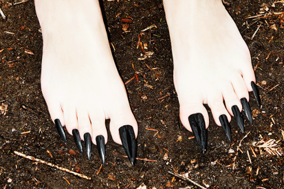 Amy-Lombard-Nails-Pt2-photography-itsnicethat-2